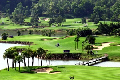 golf courses bangkok