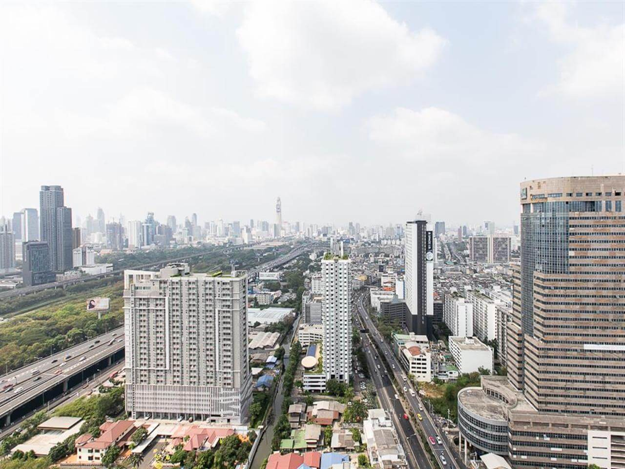Find Thai Property Agency's The Line Asoke Ratchada 8