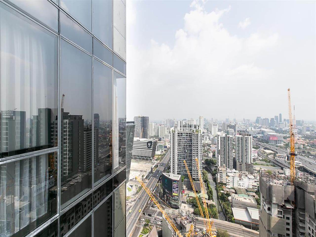 Find Thai Property Agency's The Line Asoke Ratchada 11